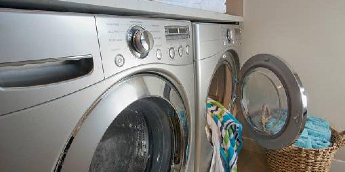 El mortal juego de niño de 3 años: se escondió en la lavadora para que su hermano no lo encontrara y falleció asfixiado