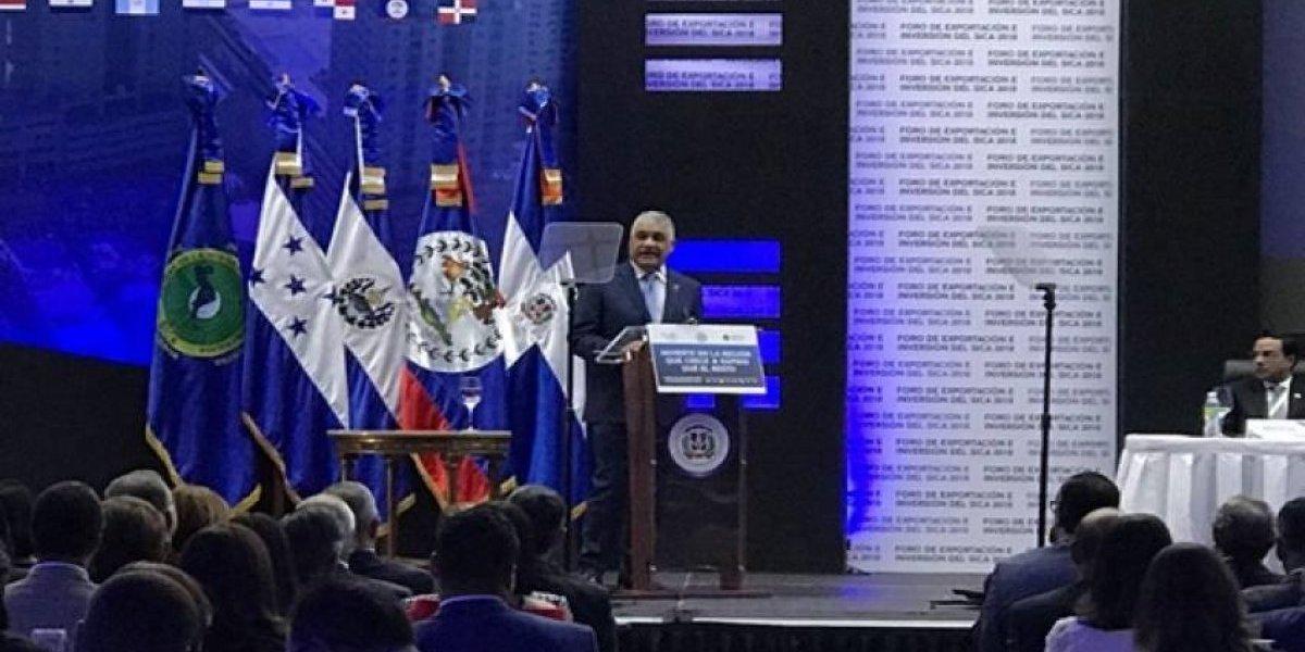Más de 400 empresarios participan en Foro de Exportación e Inversión del SICA