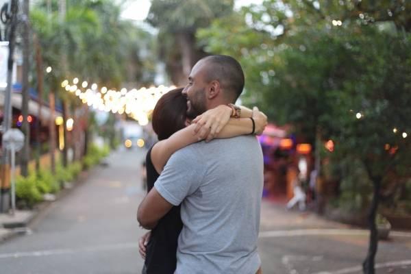 Abracemos a Medellín