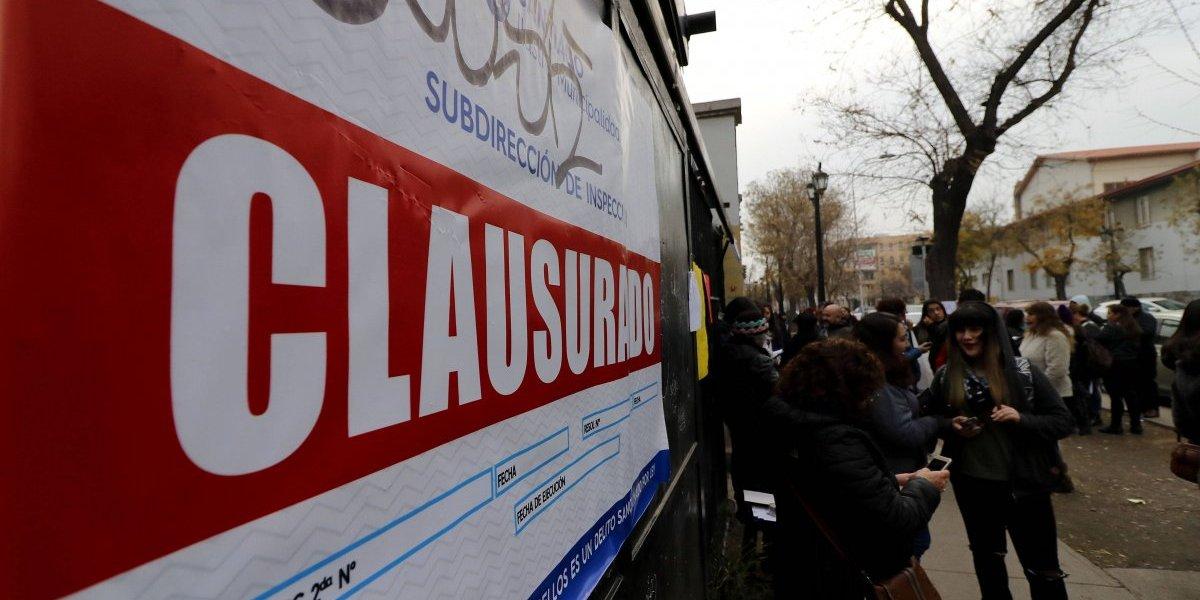 Liceo Amunátegui llevará su conflicto con la municipalidad de Santiago a tribunales