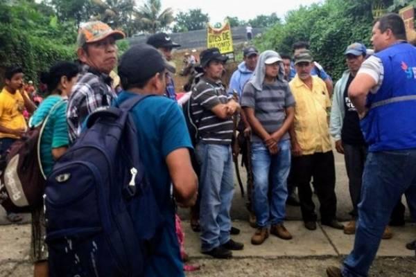 Personal de la PDH intermedia entre pobladores para que personal de Energuate pudiera trabajar.