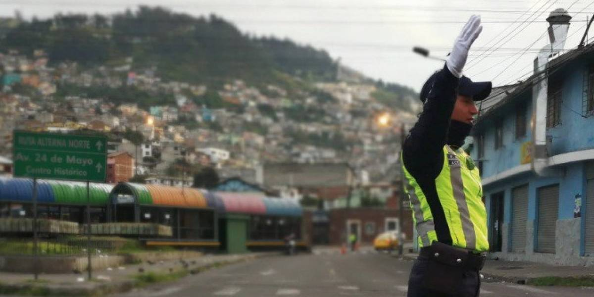 QUITO: Cierre de un tramo de la calle Venezuela