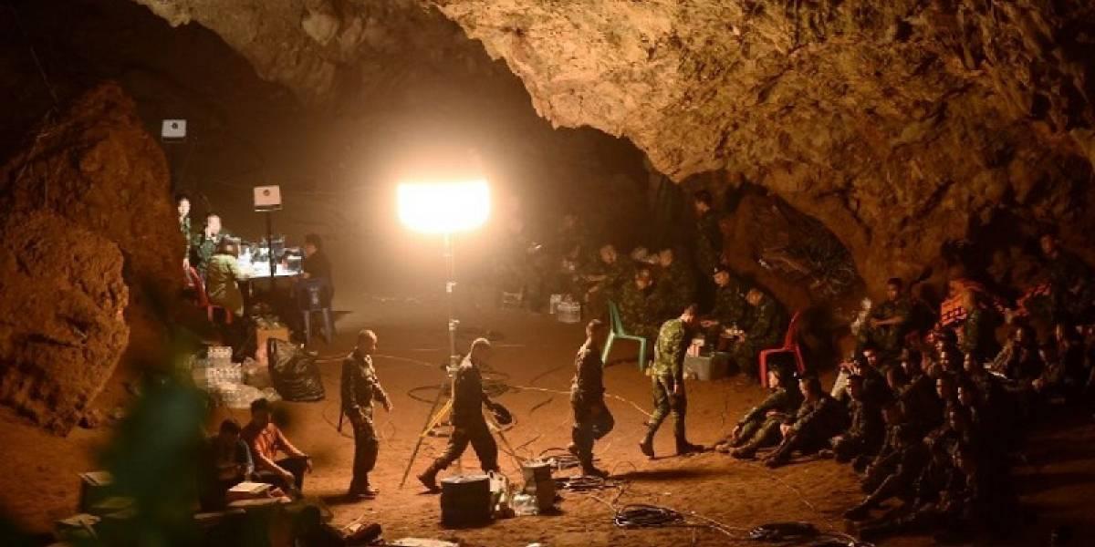 Se agota el tiempo para niños en la cueva