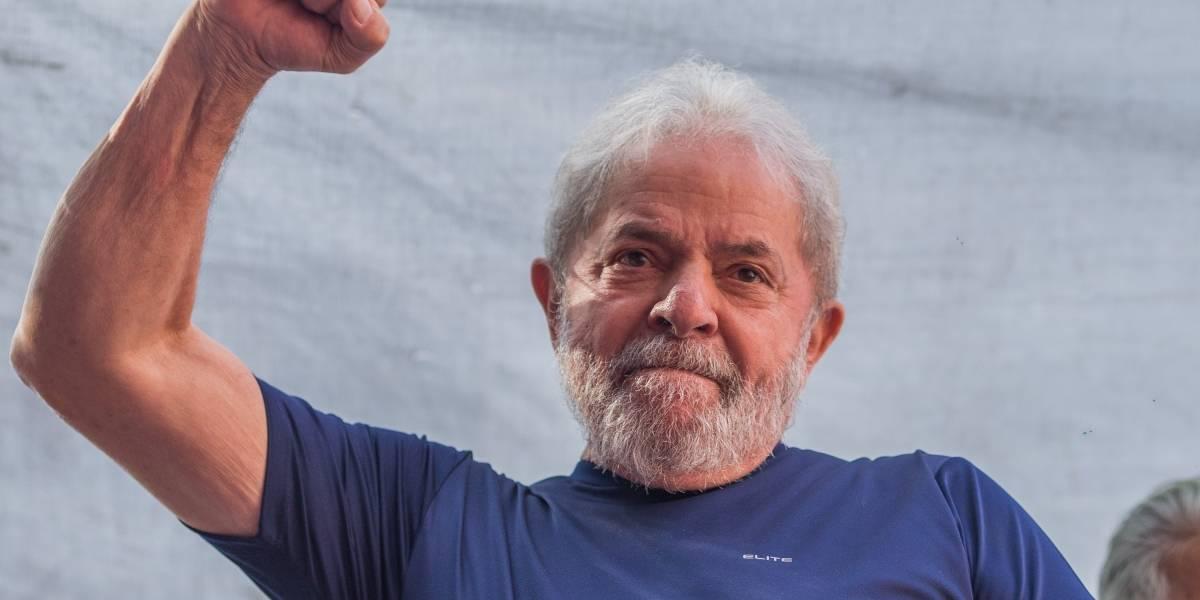 A pesar de estar en la cárcel, Lula es favorito para las elecciones en Brasil