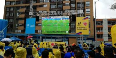 celebración en Bogotá por el triunfo de la Selección