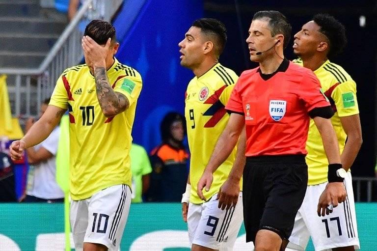 El increíble descuido de un defensor senegalés en el gol de Colombia