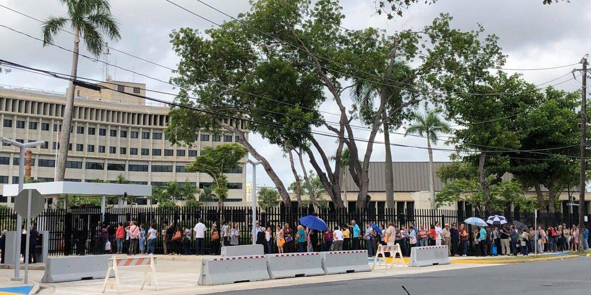 Larga fila de maestros en Tribunal Federal para reclamar dinero