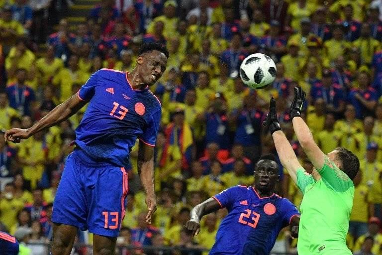 Momento en que Mina concreta un sólido cabezazo y anota para Colombia ante Polonia