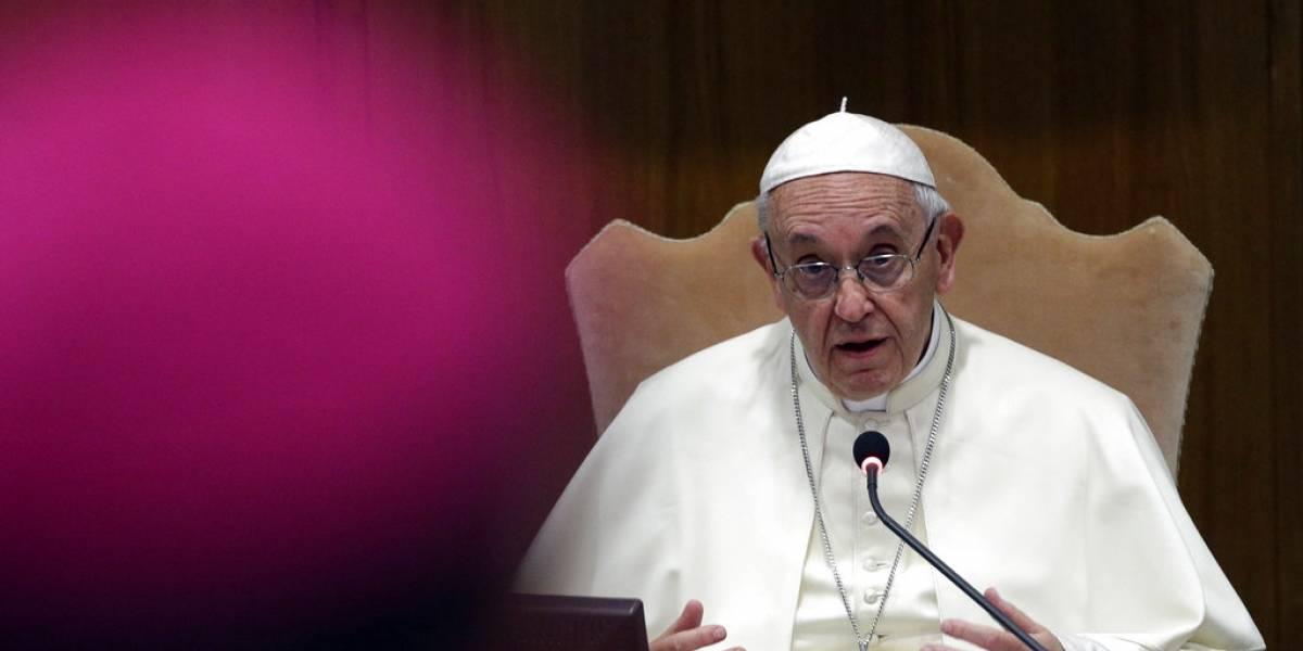 Papa acepta renuncias de otros dos obispos chilenos