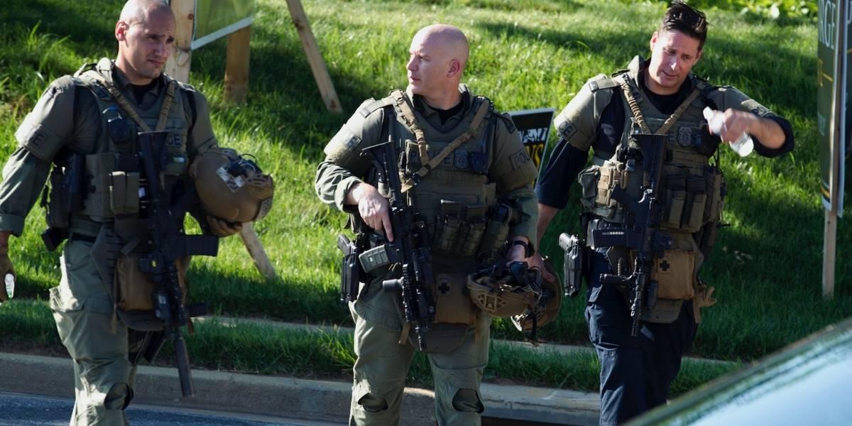 Difunden foto de sospechoso de tiroteo en periódico en Maryland