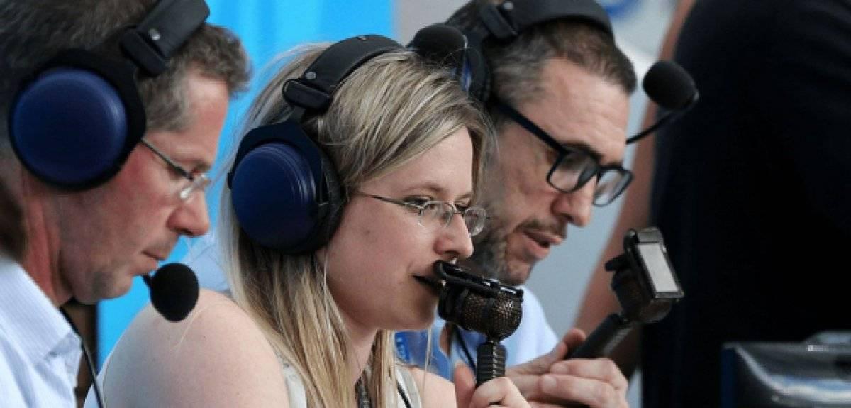 Vicky Sparks es otra de las mujeres comentarista de futbol
