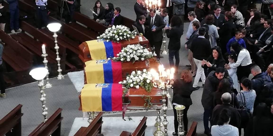 Velatorio equipo periodístico de El Comercio Metro Ecuador