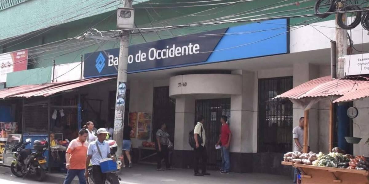 Aprovecharon para robar un banco en plena celebración del triunfo de Colombia contra Senegal