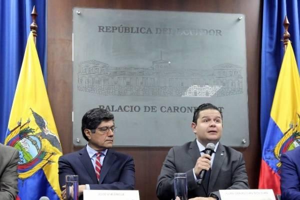 Ecuador pidió a EE.UU. agilitar extradición de Pedro Delgado y Carlos Pólit