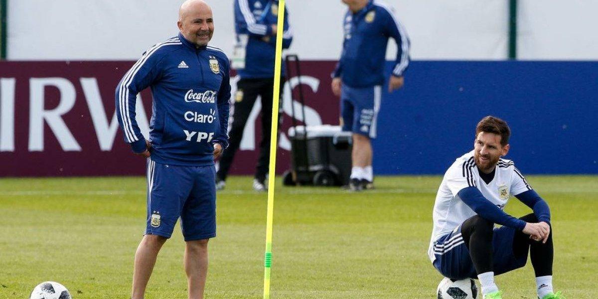 """Jorge Sampaoli se graduó de """"summa cum laude"""" en alabanzas a Messi: """"Es difícil estar a la altura de Leo"""""""