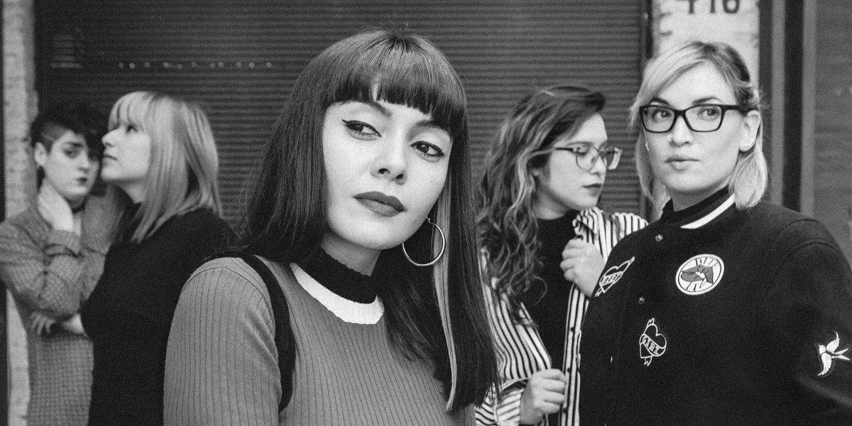 Amanitas sale del underground y ofrece su show más ambicioso