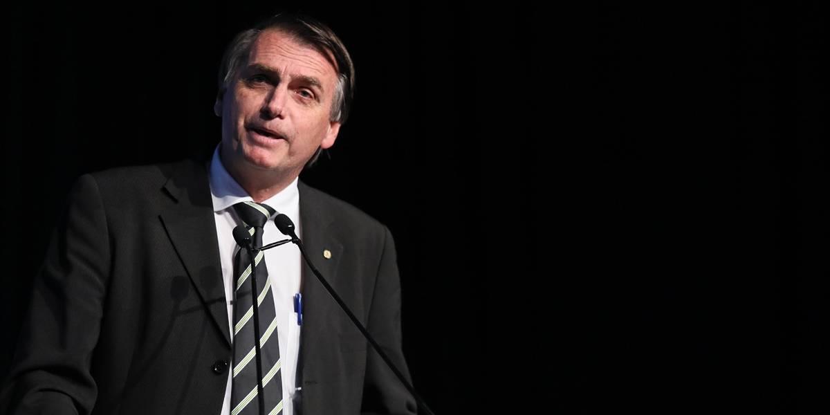 'Aqui no Brasil não existe isso de racismo', diz Bolsonaro em Fortaleza
