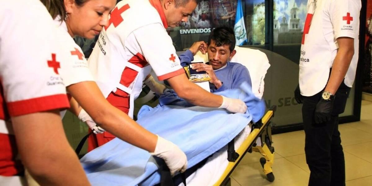 Sobreviviente a la erupción del volcán de Fuego retorna al país