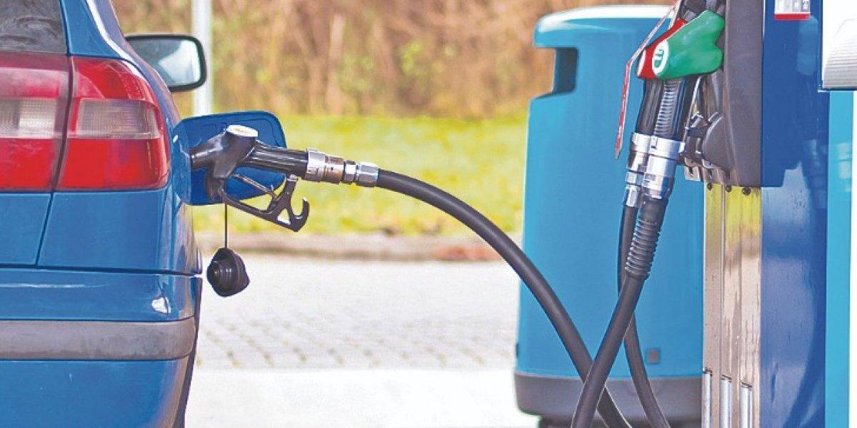 Gasolina ya registra el alza de precio de verano