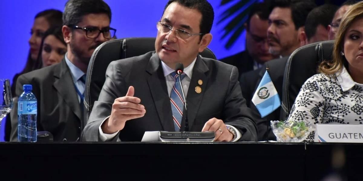 """""""Viola los derechos humanos y destruye la unidad familiar"""", dice Morales de la política migratoria de EE.UU."""
