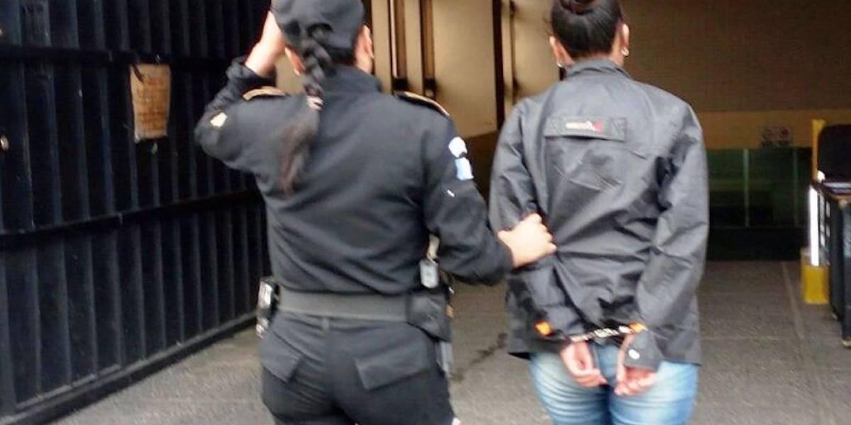 PNC evita que supuesta sicaria realice ataque armado