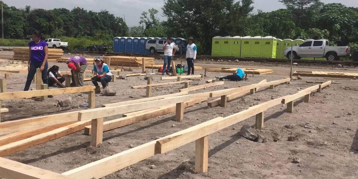 Comienza la construcción de viviendas temporales para damnificados por el volcán