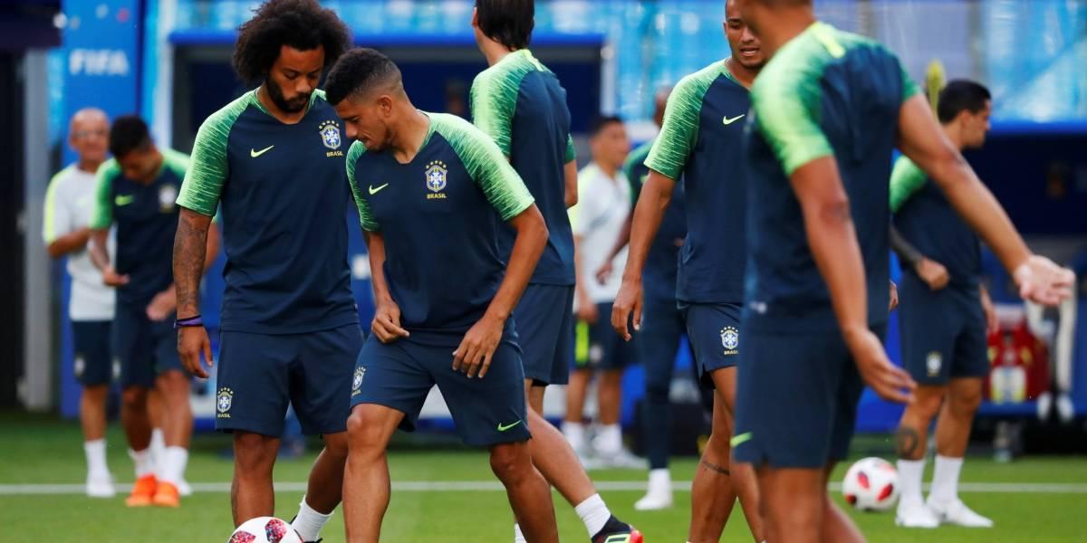 Marcelo vai a campo, mas Tite testa time com Filipe Luís e Fagner nas laterais