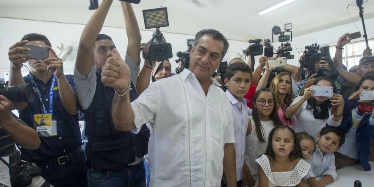 Mexicanos decidieron seguir con la pata en el pescuezo: El Bronco