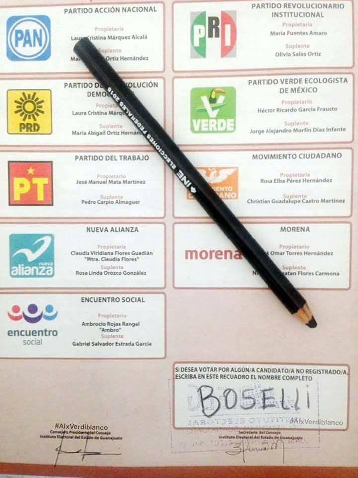 Boletas electorales de aficionados al futbol Twitter