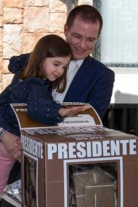eleccionesmexico5-58e5c760f56cfb28be796612ecf4791a.jpg