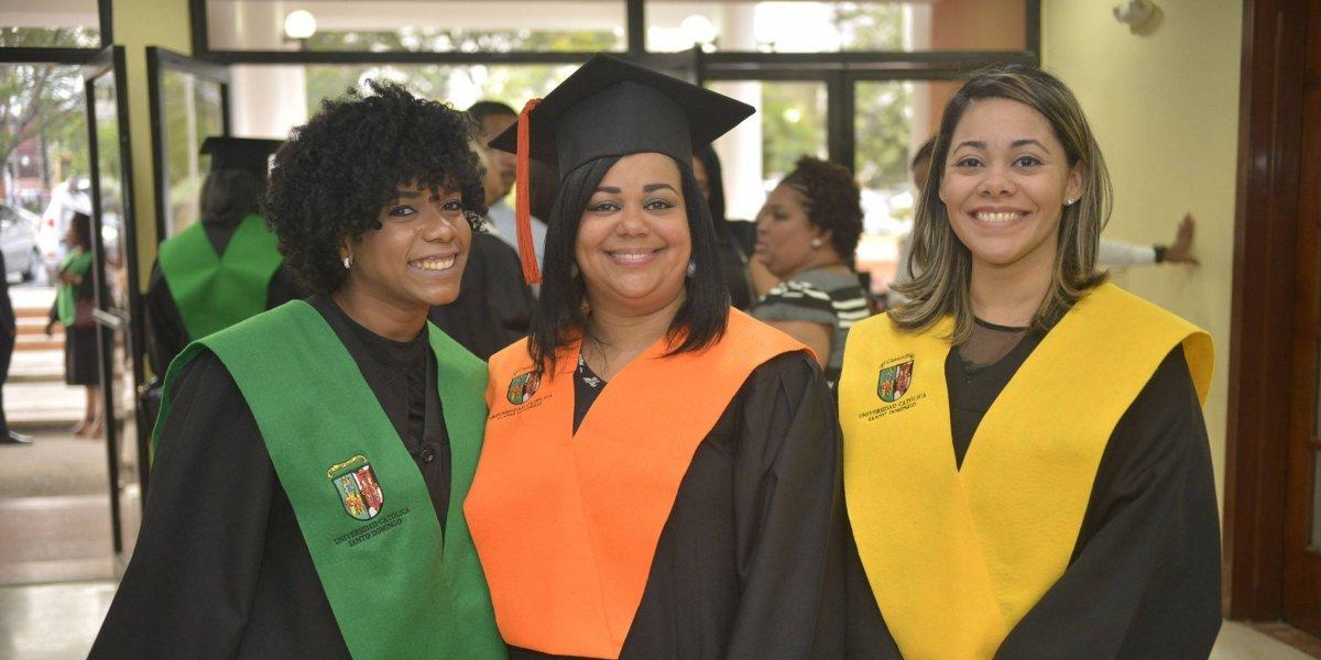 #TeVimosEn: La UCSD graduó 156 nuevos profesionales en Postgrado