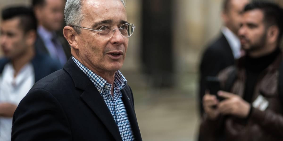 Expresidente Uribe se accidentó en su finca y se fracturó una costilla