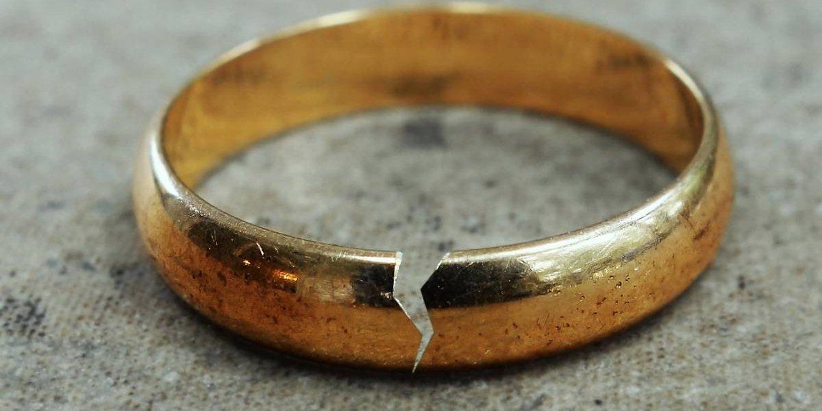 Tiene sólo 11 años y sus padres aprobaron su matrimonio con un hombre de 41 y que tiene otras dos esposas