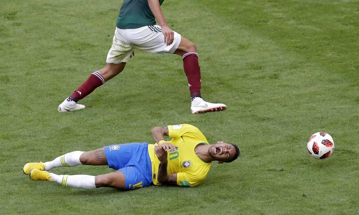 Exarquero danés, Peter Schmeichel hizo duras críticas a Neymar en el partido Brasil vs México del Mundial AP