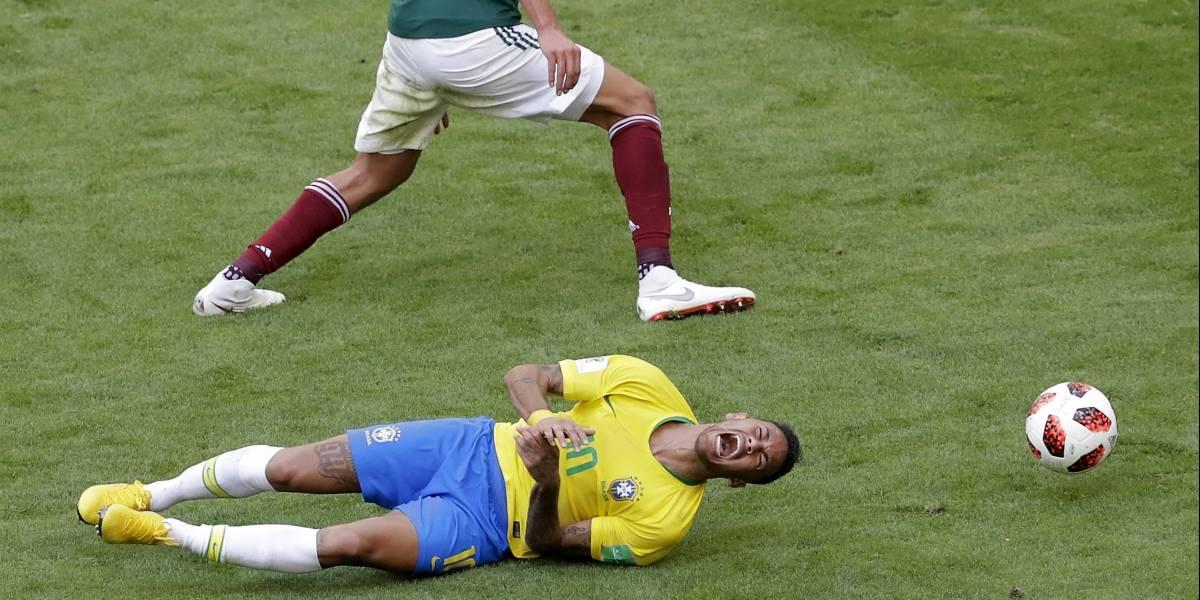 Neymar gana 'Óscar' en redes sociales por su 'actuación' ante México