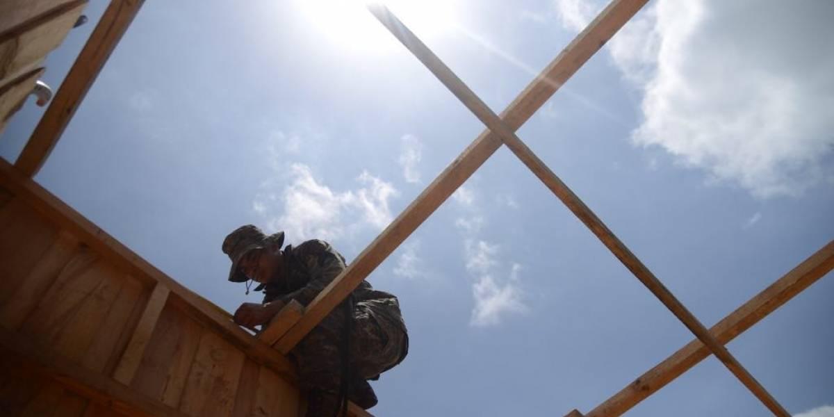 Contraloría detecta inconsistencias en contratos para construir viviendas en Escuintla