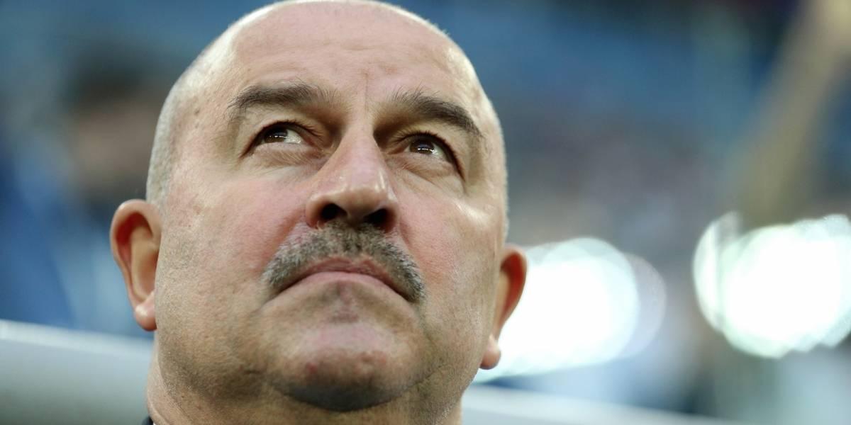 Un bigote de esperanza lleva a los anfitriones del Mundial más lejos