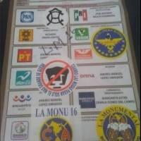 Algunos de los mexicanos votantes utilizaron las boletas para enviar mensajes relacionados al futbol