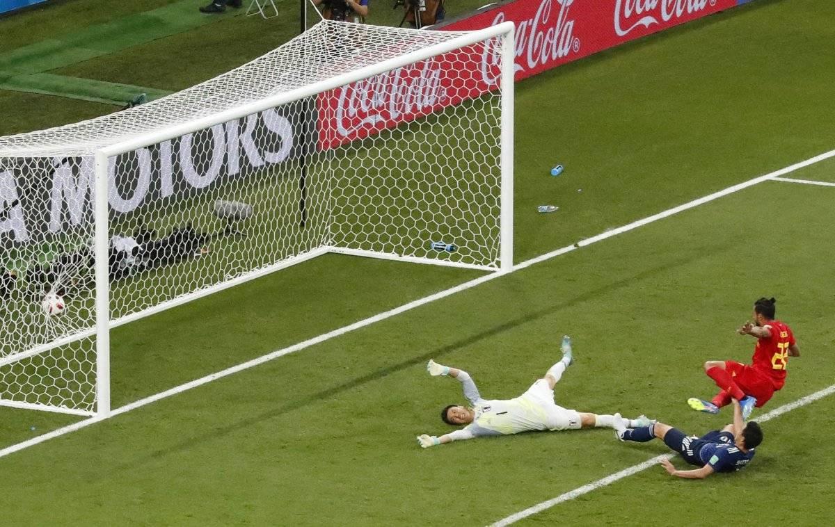 Chadli marcó el gol del pase