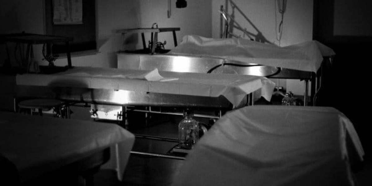 Hallan viva en la morgue a mujer que había sido declarada muerta