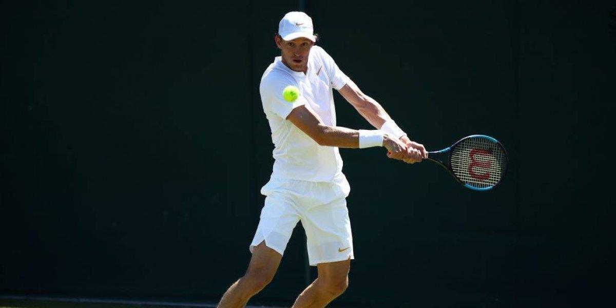Así vivimos la derrota dramática de Jarry ante McDonald en Wimbledon