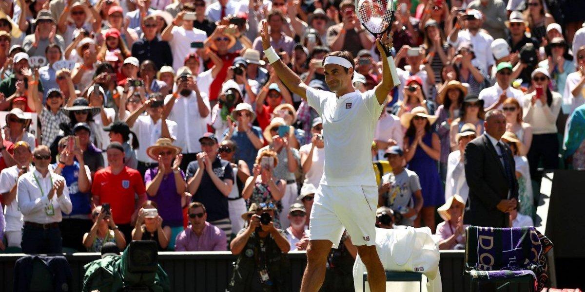 Federer supera a Jimmy Connors en jugar más partidos en Wimbledon