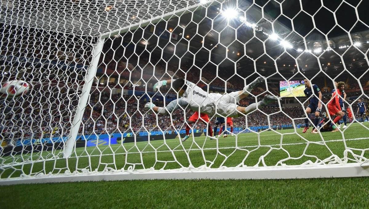 Fellaini marcó un empate de cabeza