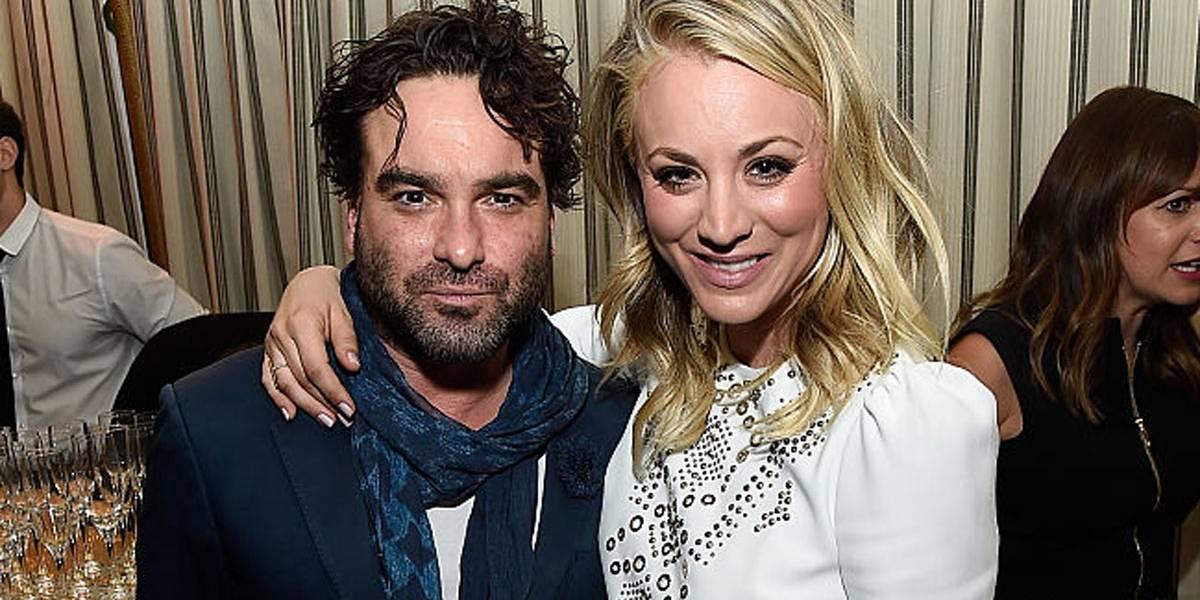 Ex de Kaley Cuoco, Johnny Galecki posta mensagem fofa no dia do casamento da colega de Big Bang Theory