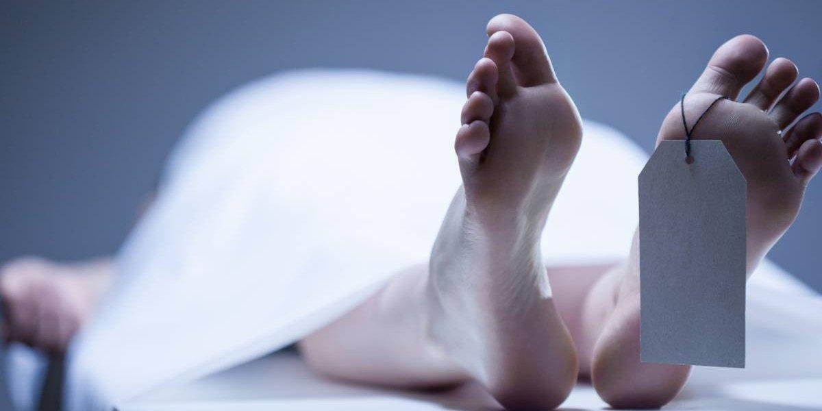 """Lo declararon muerto en la cárcel, lo sacaron en una bolsa para cadáveres y se """"dieron cuenta"""" que estaba vivo en la mesa de autopsias"""
