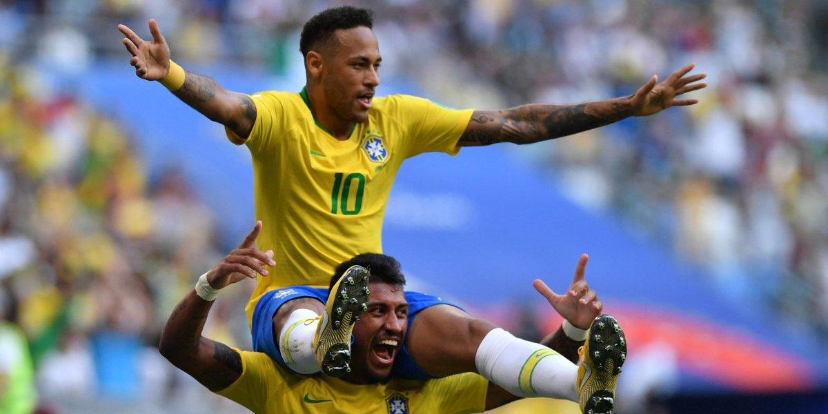Neymar le toca las golondrinas a México y va por el Mundial