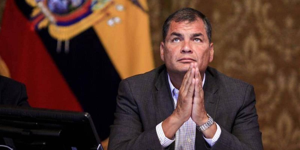Rafael Correa se presentó hoy ante Consulado en Bruselas para cumplir con Fiscalía