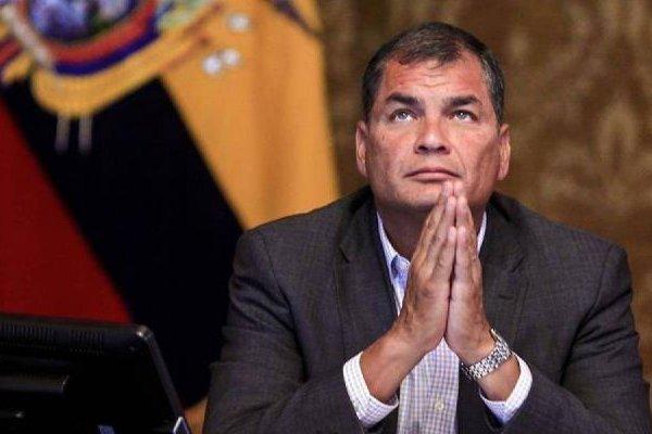 Rafael Correa se presentó ante el consulado de Bruselas