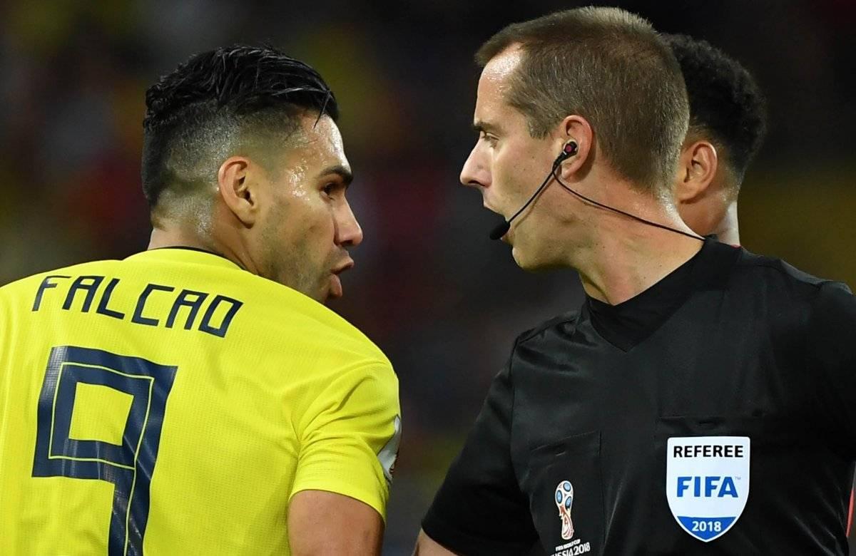 Falcao tuvo un fuerte cruce de palabras con el árbitro.