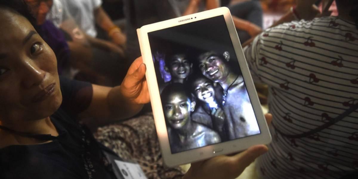 Tendrán que aprender a bucear o esperar meses: Niños atrapados en una cueva en Tailandia sin esperanza de rápido rescate